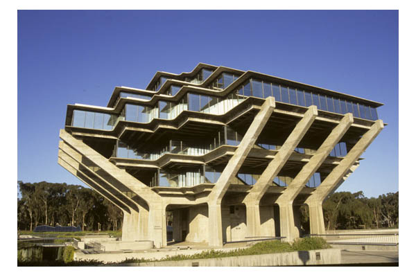 Ca—La Jolla—University of California at San Diego—Geisel Library—Shaped like cupped hands